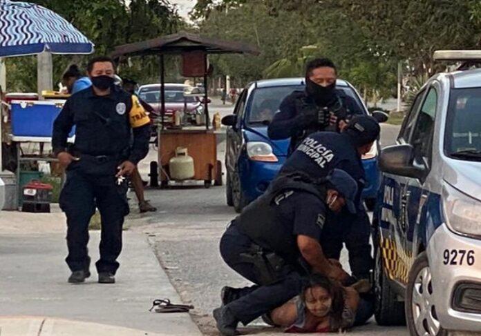 Madre de salvadoreña muerta a manos de policías mexicanos pide justicia