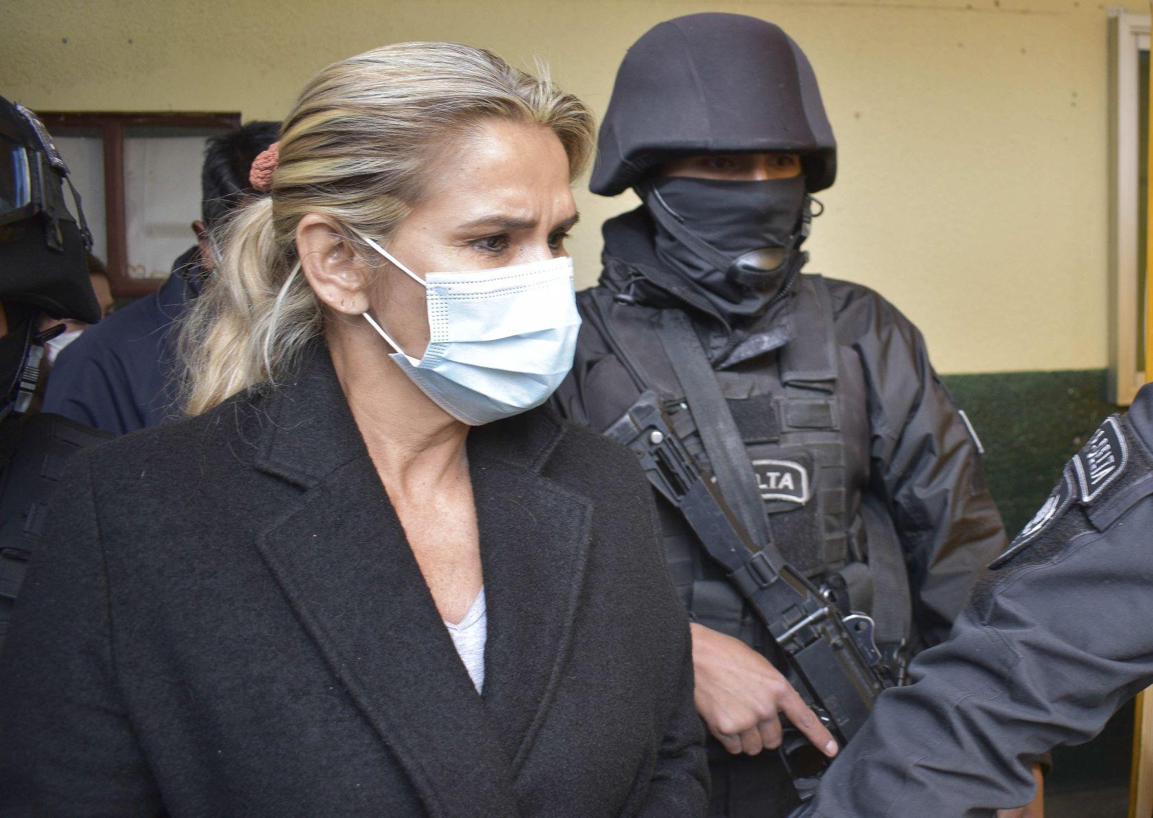 La Justicia de Bolivia dictó prisión por 4 meses para Jeanine Áñez y sus exministros