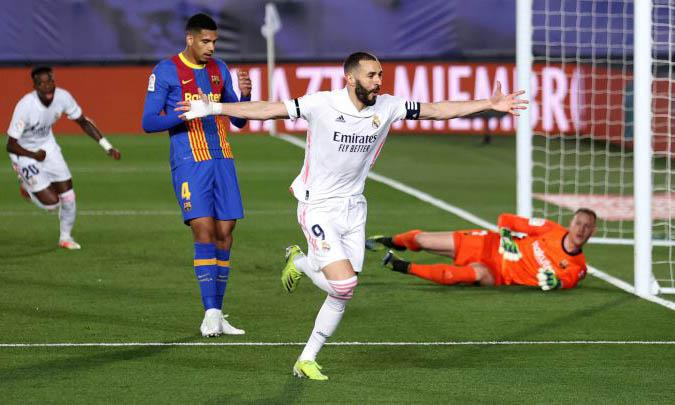 El Real Madrid gana el clásico y duerme como el líder de LaLiga