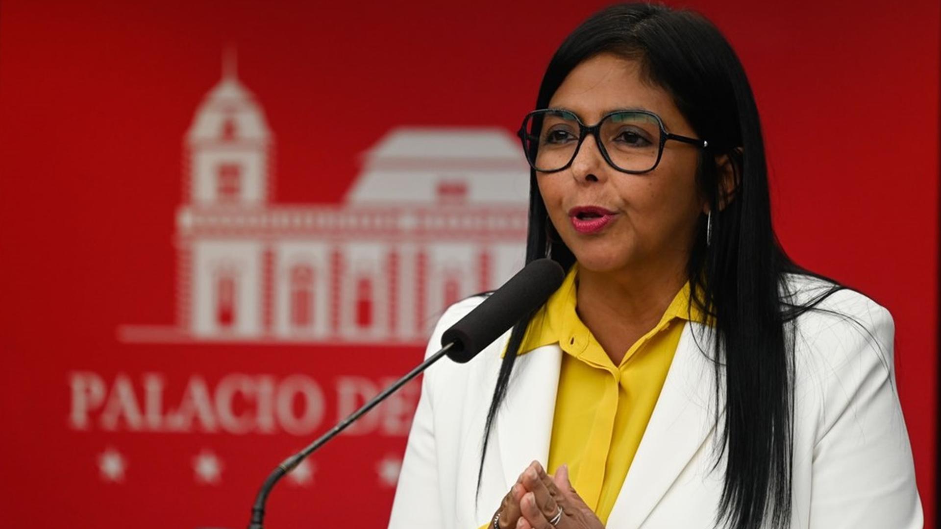 """Delcy Rodríguez aseguró que """"no está planteado"""" adelanto de elecciones presidenciales"""
