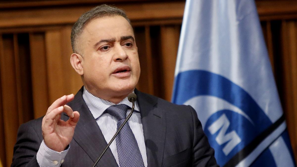 """Tarek William Saab anunció imputación de 5 trabajadores de Traki por """"ser responsables de maltratos y vejaciones"""" contra un adolescente"""