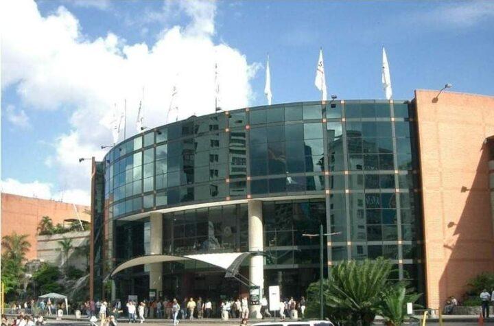 Sambil Caracas pide permitir horario corrido para evitar aglomeraciones durante las semanas flexibles (Datos)
